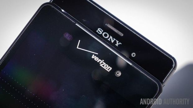Motorola Droid Turbo vs Sony Xperia Z3: Which One Will You Go For?