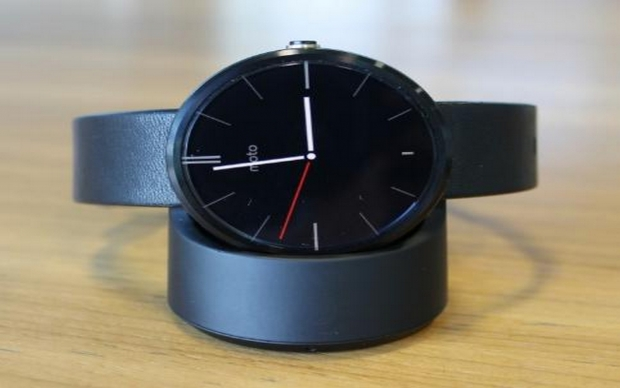 Moto 360 gets 4.4W.2 Update: New Features