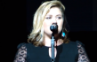 Kelly Clarkson Defends Spanking Her Kids