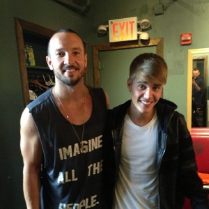 Justin Bieber Spends Time with Hillsong NYC Pastor Carl Lentz in Order to Get His Life Back on Track