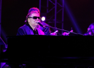 Ronnie Milsap Saying Goodbye with One Final Tour