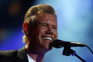 Randy Travis Makes a Second Appearance at Billy Bob's