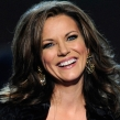 Martina McBride to Release First Christmas Album in 20 Years