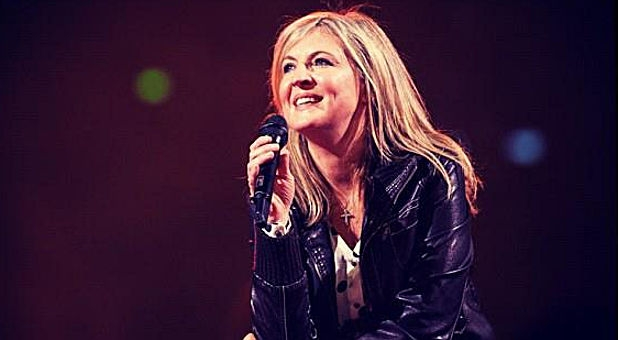 Darlene Zschech, Hillsong UNITED, and Paul Baloche Offer ...