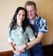 Joey + Rory Feek Honored at GMA Dove Awards