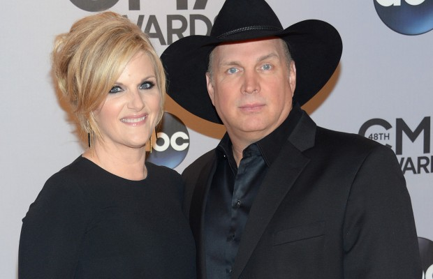 Garth Brooks and Trisha Yearwood Reveal Details of Their Christmas ...