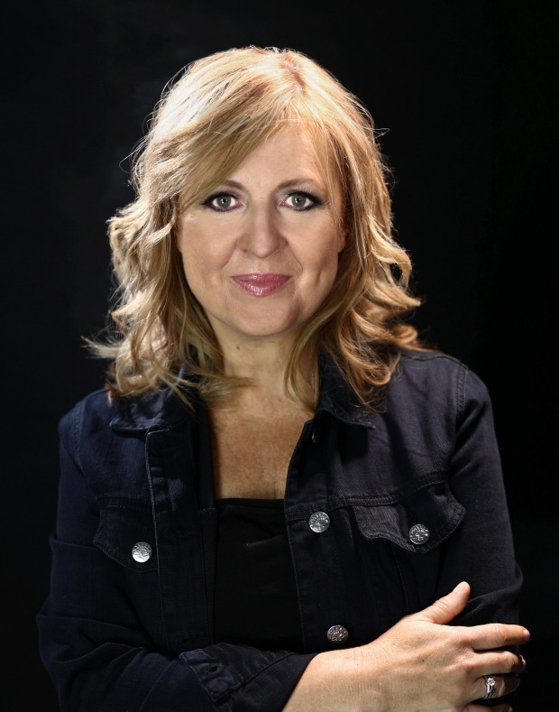 Darlene Zschech Reveals Her Passion & Stories Behind Her ...