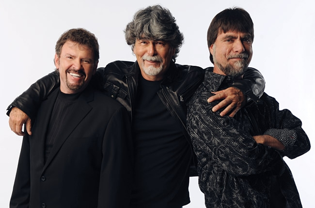 Alabama Set to Release First Christmas Album in 21 Years : News ...
