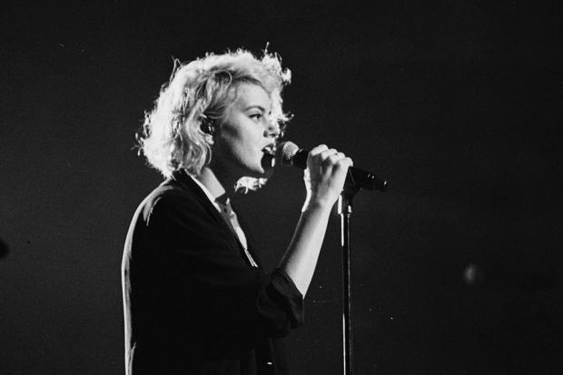 Hillsong UNITED's Taya Smith Shaves Her Head : News : Hallels