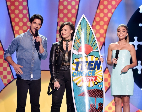 Demi Lovato Tyler Posey 2014 Teen Choice Awards